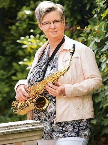 Lady of Saxophone